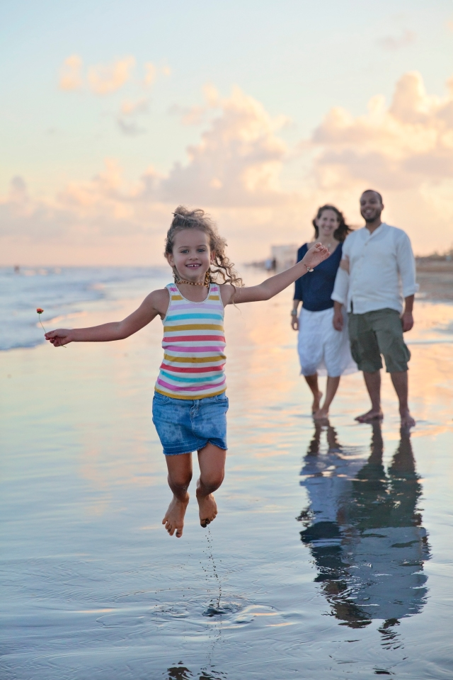 the woodlands tx family and lifestyle photographer in galveston