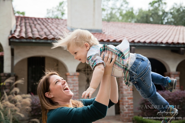 blog-post-toddler-flying-with-momma