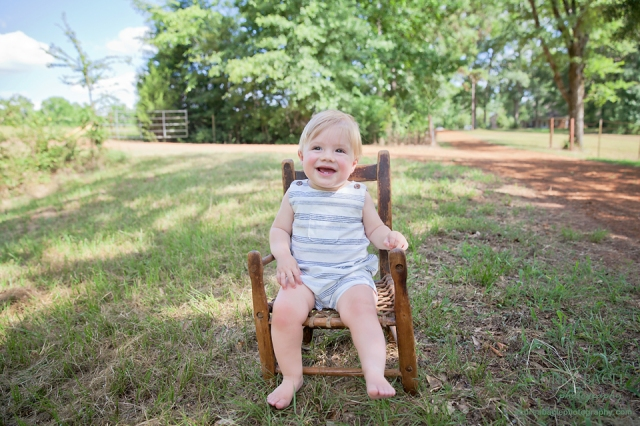 heirloom chair first birthday pics