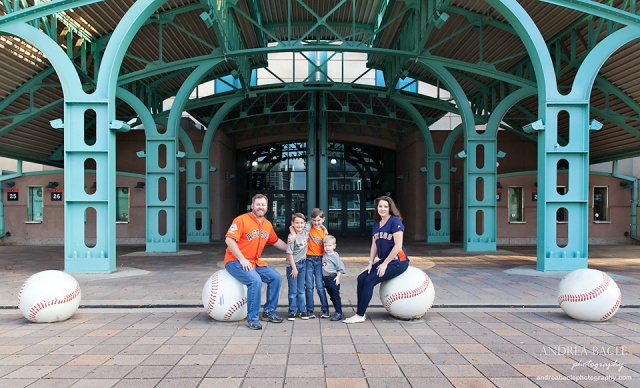 minute maid park christmas card pictures family of five